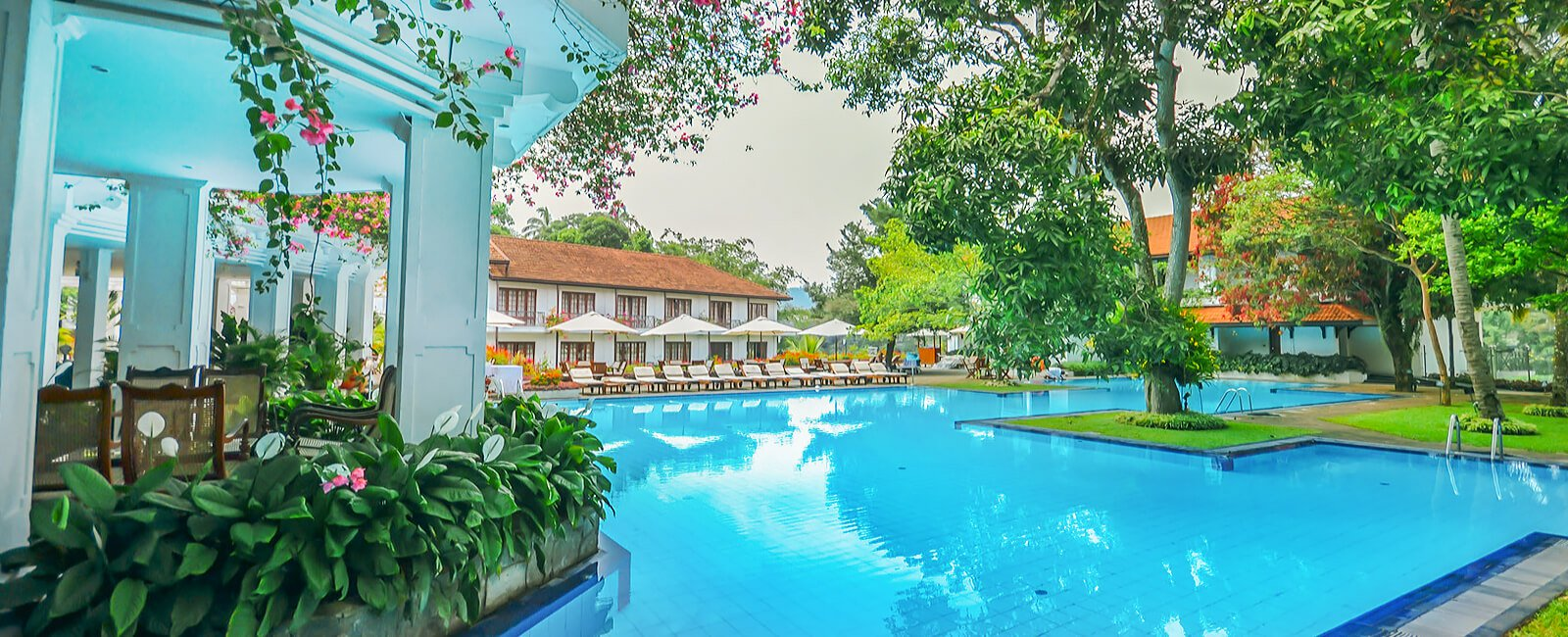 Pool and Outdoors of Mahaweli Reach Hotel