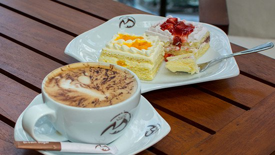 Coffee and Desserts at Cafe M in Mahaweli Reach Hotel