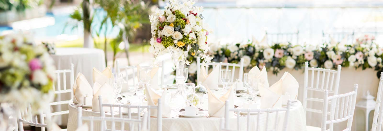 Outdoor Wedding Decorations at Mahaweli Reach Hotel